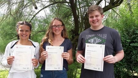 Cambridge University zeichnet Schüler mit internationalem Sprachzertifikat aus