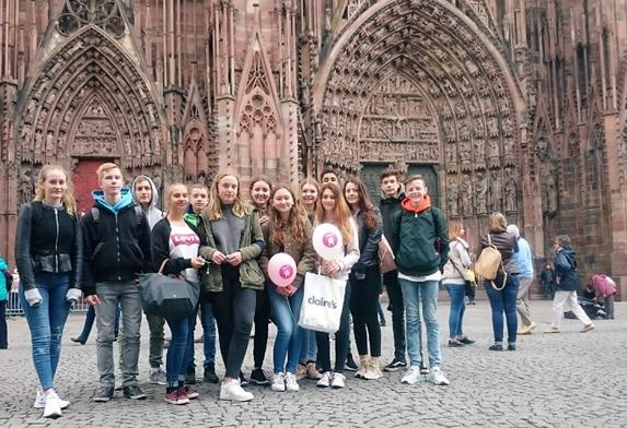 Vor dem Straßburger Münster